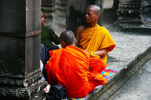 monks-972555_1280